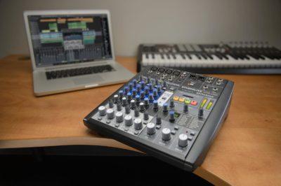 Studiolive Ar8