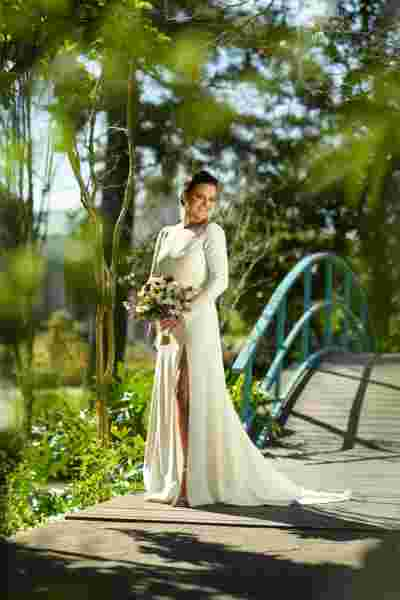Best Professional Luxury Dream Wedding Photography Bride Bouquet Portrait at Houmas House Plantation Louisiana Photo 78