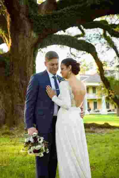 Best Professional Luxury Dream Outdoor Wedding Couple Photography at Houmas House Plantation Photo 49